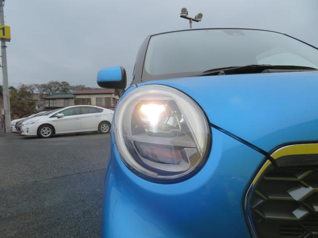 だんだんと装備している車両も増えてきたLEDヘッドランプ。消費電力も少なく、エコ走行に貢献します。コレが付いているだけで、優越感に浸れますよね。HIDに負けないくらい明るく安全です。