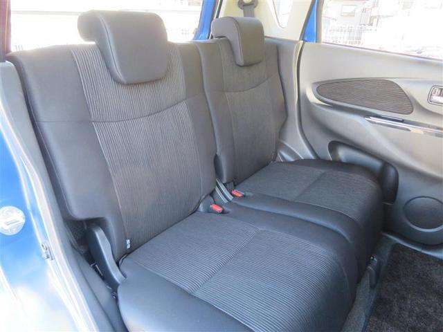 今の軽自動車は後部座席も広々しています。大人の方でも十分な広さです。もちろんチャイルドシートの取り付けも可能です!