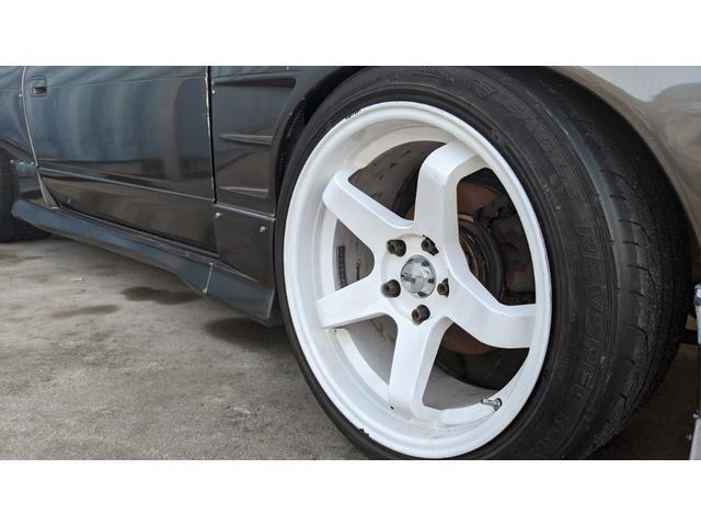 車高調 デフ ワイドフェンダー ロールバー デュアルマフラー 純正エアロ デフィブースト計 強化クラッチ スタンスマジック18インチ S14タービン(27枚目)