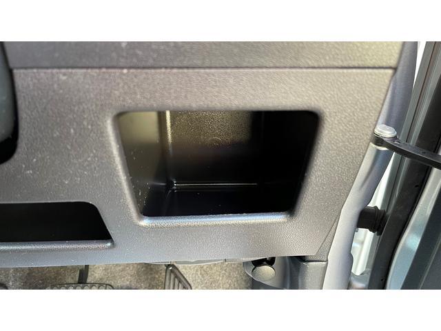 カスタム RS スマートキー SDナビ CD DVD フルセグ Bluetoothオーディオ HIDライト フォグランプ エコアイドル(32枚目)
