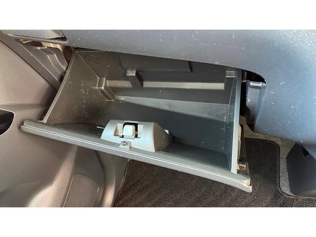 XS スマートキー CDデッキ 片側パワースライドドア HIDライト フォグランプ(28枚目)