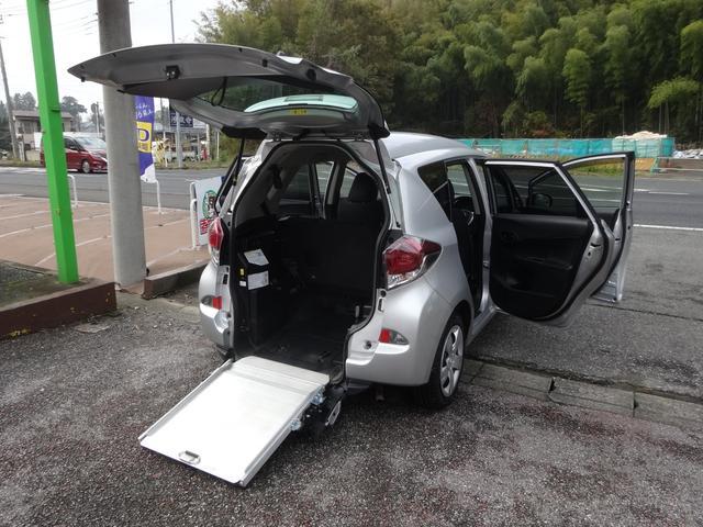 「トヨタ」「ラクティス」「ミニバン・ワンボックス」「千葉県」の中古車44