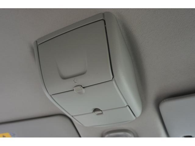 E HDDナビ CD DVD ミュージックサーバー Bモニター スマートキー プッシュスタート 左側パワスラ 衝突防止 電動格納ミラー ワンオーナー HIDヘッドライト フォグライト 純正14インチアルミ(48枚目)