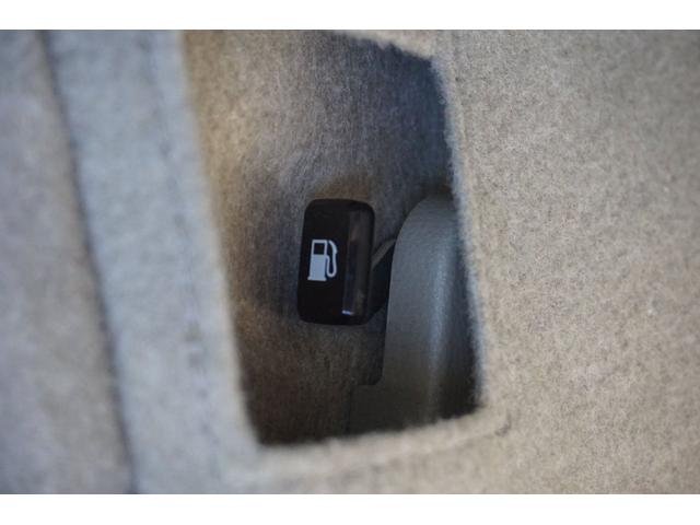 E HDDナビ CD DVD ミュージックサーバー Bモニター スマートキー プッシュスタート 左側パワスラ 衝突防止 電動格納ミラー ワンオーナー HIDヘッドライト フォグライト 純正14インチアルミ(52枚目)