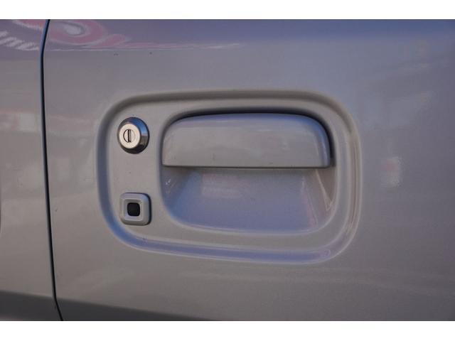 E HDDナビ CD DVD ミュージックサーバー Bモニター スマートキー プッシュスタート 左側パワスラ 衝突防止 電動格納ミラー ワンオーナー HIDヘッドライト フォグライト 純正14インチアルミ(61枚目)