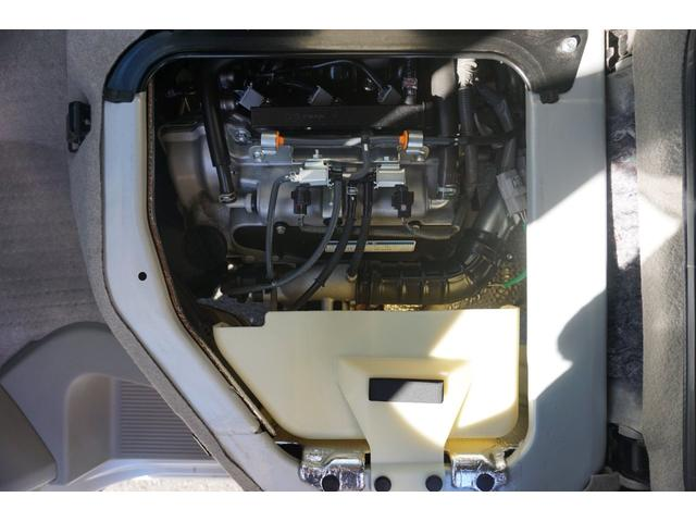 E HDDナビ CD DVD ミュージックサーバー Bモニター スマートキー プッシュスタート 左側パワスラ 衝突防止 電動格納ミラー ワンオーナー HIDヘッドライト フォグライト 純正14インチアルミ(67枚目)