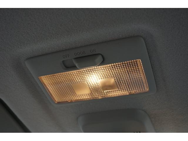 G メモリーナビ ワンセグTV CD スマートキー プッシュスタート 衝突防止センサー 電格ミラー アイドリングストップ 前席シートヒーター HIDヘッドライト オートライト フルフラット ベンチシート(43枚目)