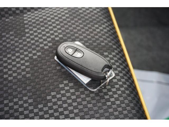 G メモリーナビ ワンセグTV CD スマートキー プッシュスタート 衝突防止センサー 電格ミラー アイドリングストップ 前席シートヒーター HIDヘッドライト オートライト フルフラット ベンチシート(50枚目)