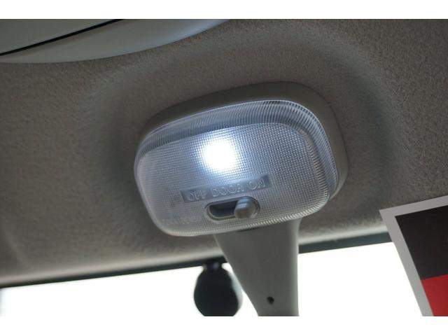 G 純正SDナビ フルセグTV CD DVD USB接続 Bモニター キーレス ETC 両側パワスラ 電動格納ミラー オートステップ HIDヘッドライト フォグライト ターボ 社外15インチアルミホイール(48枚目)
