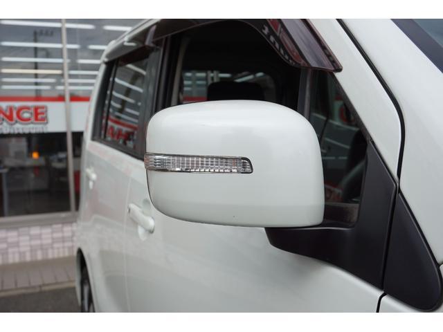 リミテッドII 純正オーディオ CD AUX接続 Bモニター スマートキー プッシュスタート 電動格納ミラー 運転席シートヒーター HIDヘッドライト フォグライト オートライト 純正15インチアルミホイール(51枚目)
