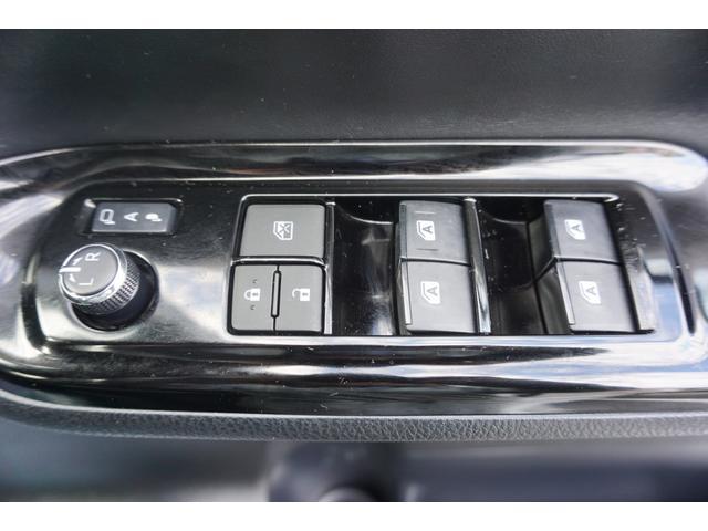 Si ダブルバイビー フルセグ CD クルコン LEDライト フォグ スマートキー iストップ 横滑り防止 バックカメラ 両側パワースライド(31枚目)