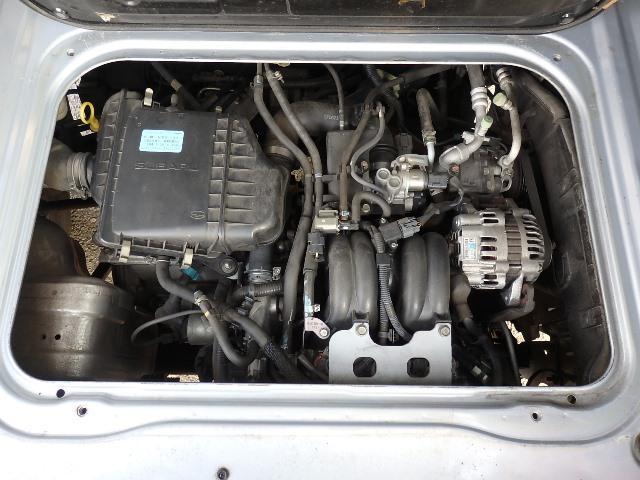 スバル製4気筒エンジンをリヤに搭載☆