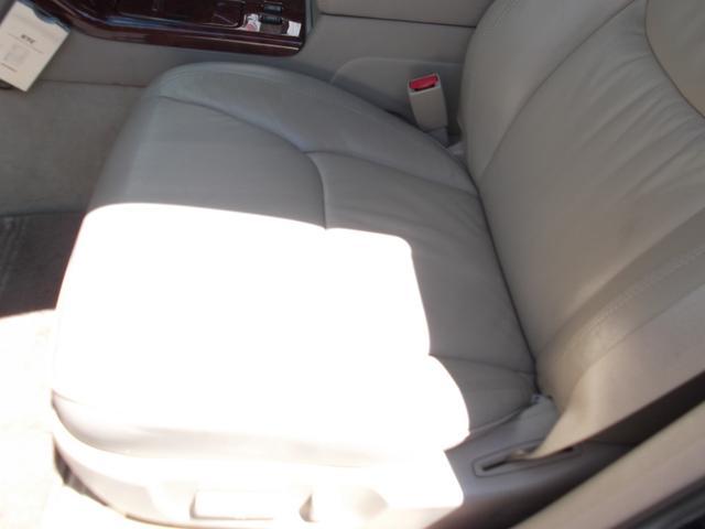 トヨタ クラウン アスリートV 革シートETCタイミングベルト交換