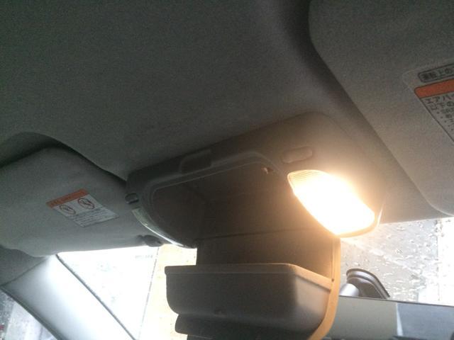 トヨタテクノクラフト 脱着式車いす サイドリフトアップシート(5枚目)