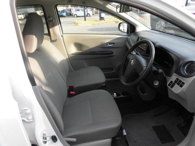 内装状態良好。車は第二のお部屋。綺麗なほうが安心できますよね。