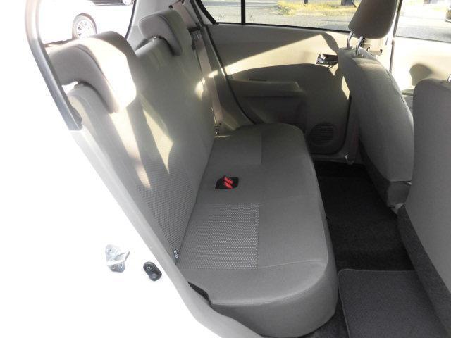 後部座席もゆったり座っていただけますよ♪ここには誰を乗せますか?家族、友達、それとも・・・。