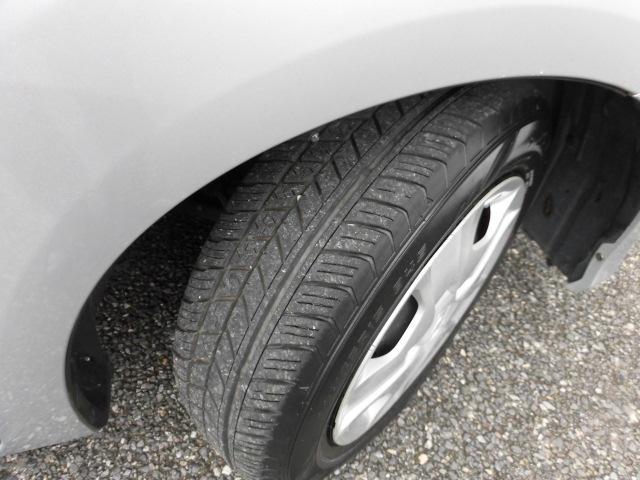 タイヤの状態も良好です。 安心して乗っていただけます!