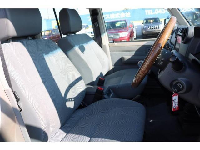 トヨタ ランドクルーザー70 STD 新品4インチUP タイヤ新品 ウッドハンドル
