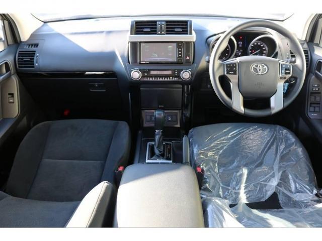 トヨタ ランドクルーザープラド 2.8 TX ディーゼルターボ 4WD