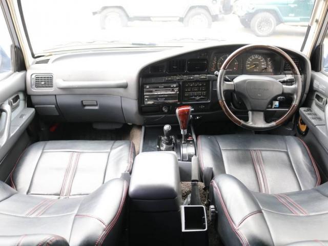 4.5 VXリミテッド 4WD ニューペイントブラック HD(2枚目)