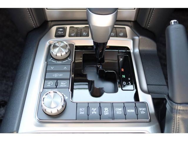 トヨタ ランドクルーザー 4.6 ZX 4WD 新車未登録車 純正マルチ WALD仕様