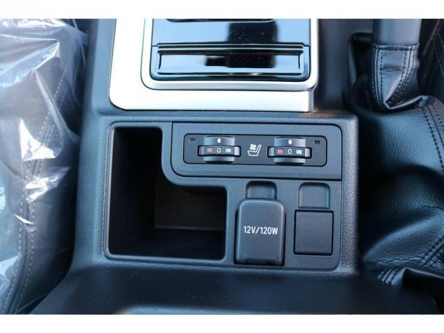 2.8 TX Lパッケージ ディーゼルターボ 4WD 5人 (17枚目)