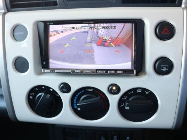 4.0 4WD 2インチUP 4本出しマフラー ロックスター(14枚目)