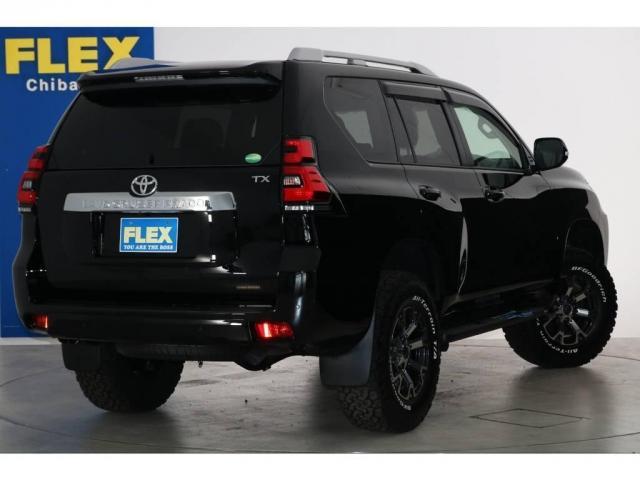 2.8 TX ディーゼルターボ 4WD 新車未登録(3枚目)