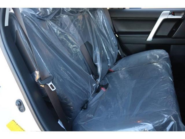 TX Lパッケージ 新車未登録 カスタムパッケージ 2インチリフトUP NITRO17AW&BFG・ATタイヤ 9インチナビ&バックカメラ&ETC サンルーフ&ルーフレール 寒冷地仕様 サイドバイザー フロアマット(6枚目)