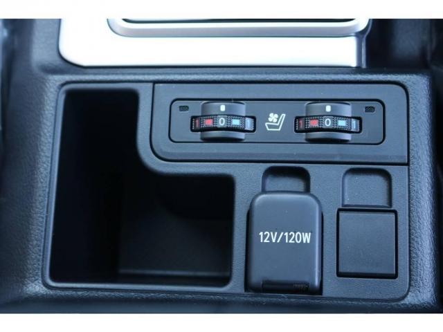 TX Lパッケージ 新車未登録 カスタムパッケージ 2インチリフトUP NITRO17AW&BFG・ATタイヤ 9インチナビ&バックカメラ&ETC サンルーフ&ルーフレール 寒冷地仕様 サイドバイザー フロアマット(14枚目)