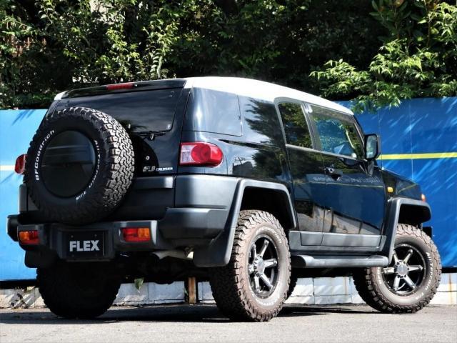 ブラックカラーパッケージ ブラックカラーパッケージ 新品グッドリッチATタイヤ MKWアルミホイール 寒冷地仕様車 クルーズコントロール アクティブトラクションコントロール クルーズコントロール ETC バックカメラ SDナビ(3枚目)