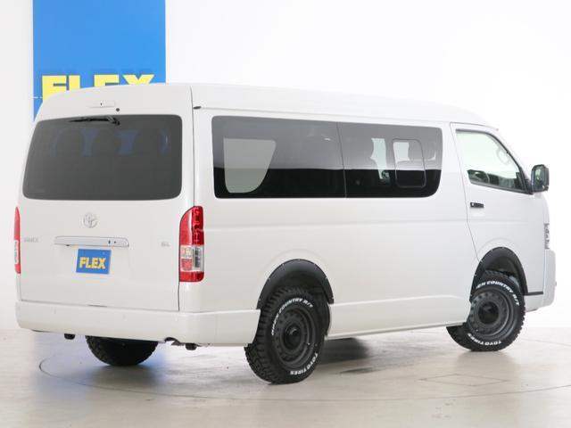 GL 10人乗り3ナンバー登録 ガソリン4WD 寒冷地仕様 内装アレンジVer1デニム バンパーガード オーバーフェンダー 16インチAW ナビ ETC 後席モニター ベッド テーブル 床張り(4枚目)