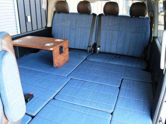 GL 10人乗り3ナンバー登録 ガソリン4WD 寒冷地仕様 内装アレンジVer1デニム バンパーガード オーバーフェンダー 16インチAW ナビ ETC 後席モニター ベッド テーブル 床張り(32枚目)