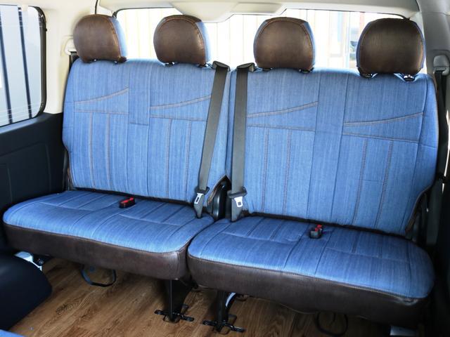 GL 10人乗り3ナンバー登録 ガソリン4WD 寒冷地仕様 内装アレンジVer1デニム バンパーガード オーバーフェンダー 16インチAW ナビ ETC 後席モニター ベッド テーブル 床張り(36枚目)