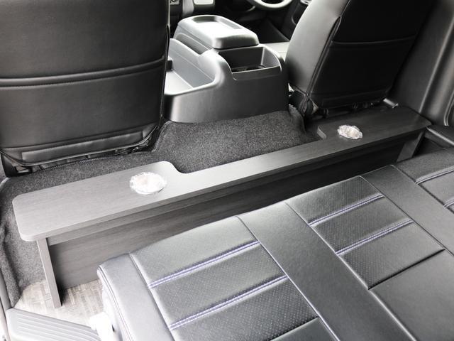 GL 10人乗り3ナンバー登録 ガソリン2WD FLEXオリジナル内装アレンジVer3 ローダウン 17インチAW ナビ ETC 後席モニター 3人掛けシート2脚 フルフラットベッド 床張り(24枚目)
