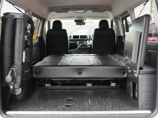 GL 10人乗り3ナンバー登録 ガソリン2WD FLEXオリジナル内装アレンジVer3 ローダウン 17インチAW ナビ ETC 後席モニター 3人掛けシート2脚 フルフラットベッド 床張り(30枚目)