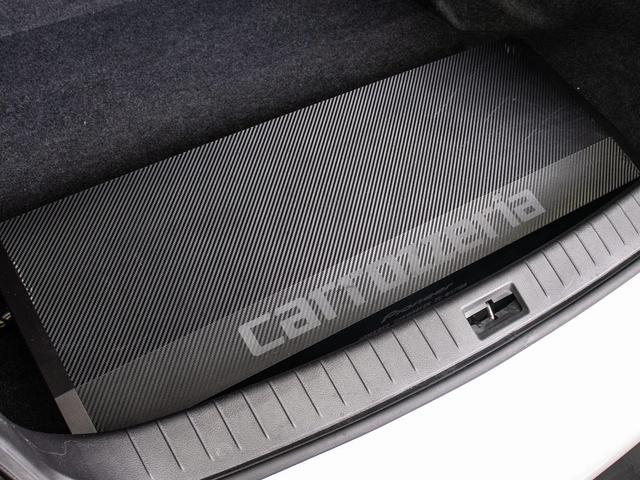 200GT-tタイプP ワンオーナー 黒革シート シートヒーター SDナビ LEDヘッドライト DVD再生 フルセグ地デジ プリクラ レーダークルーズコントロール アラウンドビューモニタ(3枚目)