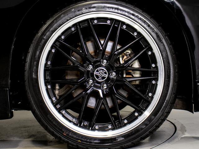 新品の20インチアルミホイール&新品タイヤ取付済です!!「車の条件はぴったり!でもアルミホイールがお好みではない・・」交換対応出来ます!※社外or純正対応可能!詳しくはスタッフまでお尋ね下さい。