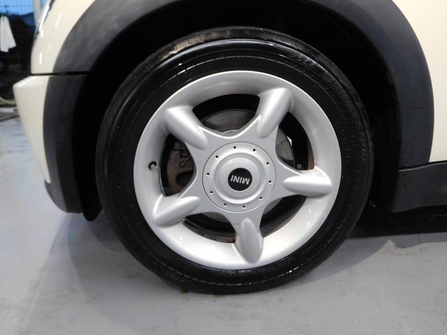 MINI MINI クーパーS 6速MT ターボ付 右ハンドル オートエアコン