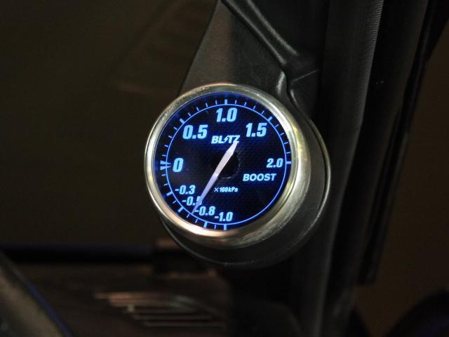 スペックR Vパッケージ 1オーナー 車高調 追加メーター(15枚目)