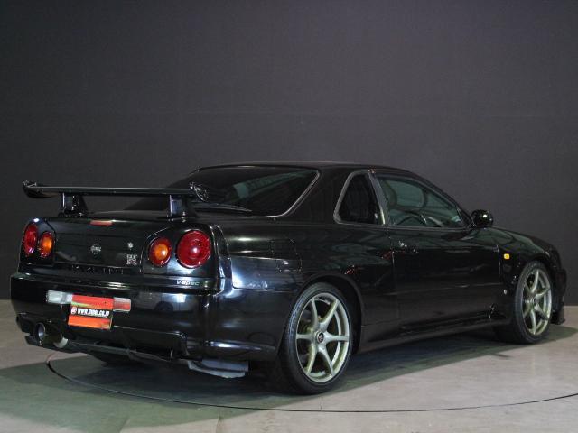 GT-R Vスペック ワンオーナー 禁煙車 HKS車高調(6枚目)