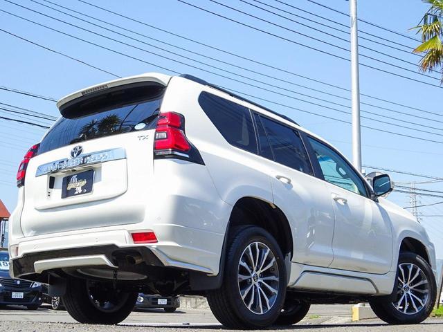 トヨタ ランドクルーザープラド TX Lパッケージ新型現行モデル全部付き4WD本革サンルーフ