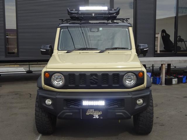 JC 1オーナー・MT車・4WD・リフトアップ・BFホワイトレタータイヤ・2トーンカラー・ルーフキャリア・LEDライト・安全装備・SDナビ・TV・BT音楽・ETC・シートヒータ・USB・LEDヘッド/フォグ(9枚目)