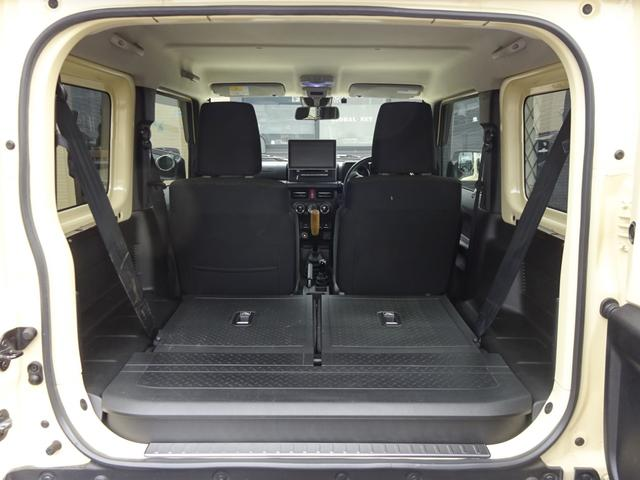 JC 1オーナー・MT車・4WD・リフトアップ・BFホワイトレタータイヤ・2トーンカラー・ルーフキャリア・LEDライト・安全装備・SDナビ・TV・BT音楽・ETC・シートヒータ・USB・LEDヘッド/フォグ(18枚目)