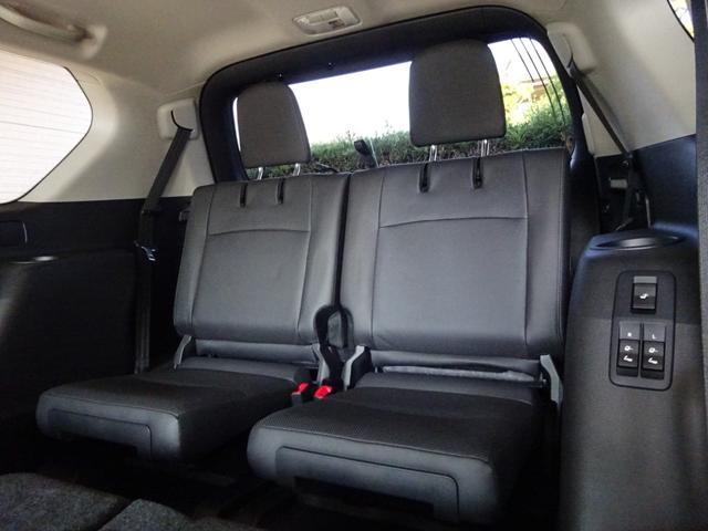 TX Lパッケージ 後期・7人乗り・4WD・黒本革・サンルーフ・LEDヘッド・Tコネクトナビ・TV・BT音楽・Bカメラ・ETC・安全装備・前後コーナーセンサー・電度3列目シート・シートヒーター/クーラー・走行中視聴可能(39枚目)