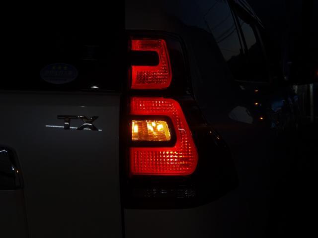 TX Lパッケージ 後期・7人乗り・4WD・黒本革・サンルーフ・LEDヘッド・Tコネクトナビ・TV・BT音楽・Bカメラ・ETC・安全装備・前後コーナーセンサー・電度3列目シート・シートヒーター/クーラー・走行中視聴可能(53枚目)