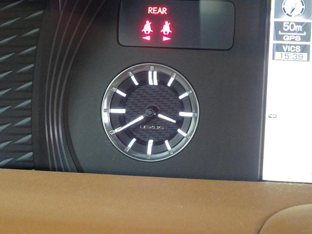 LC500h 1オーナー・ハイブリッド・アルカンターラ本革・OP21AW・カーボンルーフ・スピンドルグリル・3眼LEDヘッド・リアフォグ・大型SDナビ・地TV・Bカメラ・ETC2.0・安全装備・BSM・低走行(51枚目)