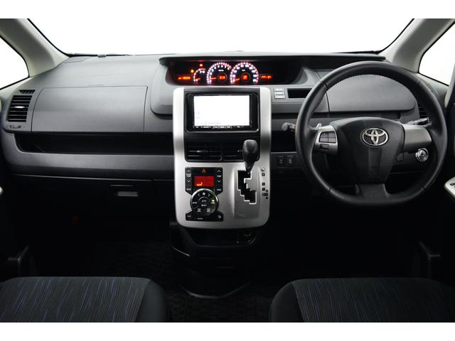 トヨタ ヴォクシー ZS 煌 HDDナビ 車高調 両側パワースライドドア