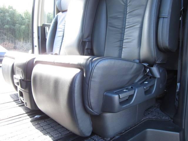 日産 エルグランド 350ハイウェイスター ブラックレザーED ワンオーナー