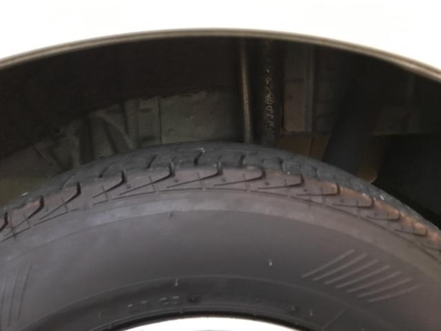 安心の国産ブランドブリジストン!タイヤ溝も5mm残っていますので、暫く交換の必要もございません!
